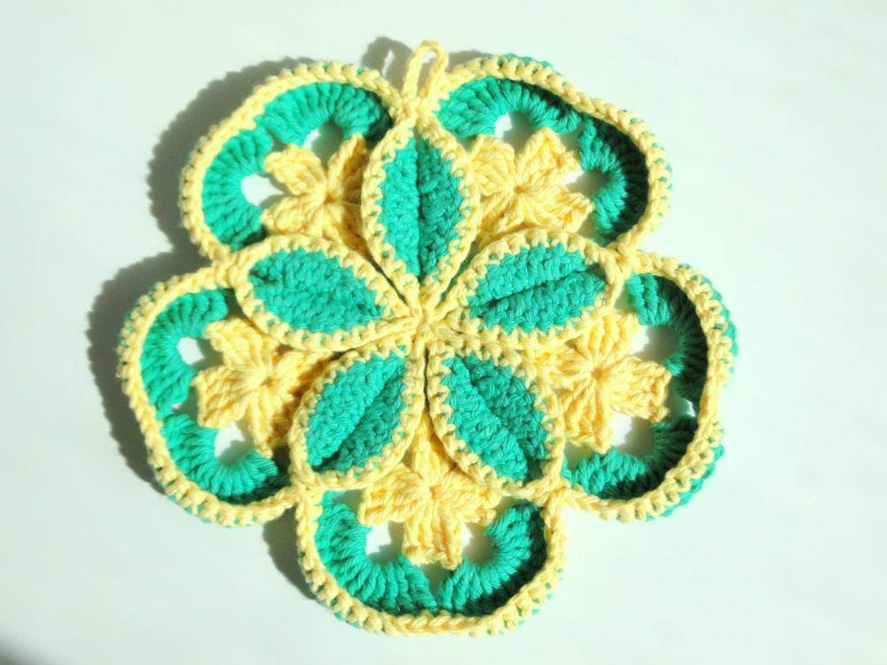 Green Starburst Potholder